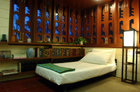 Bedroom with Frank LLoyd Wright design windows